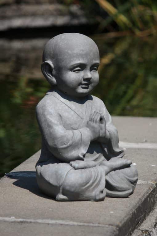 Shaolin-mediterend-beeld
